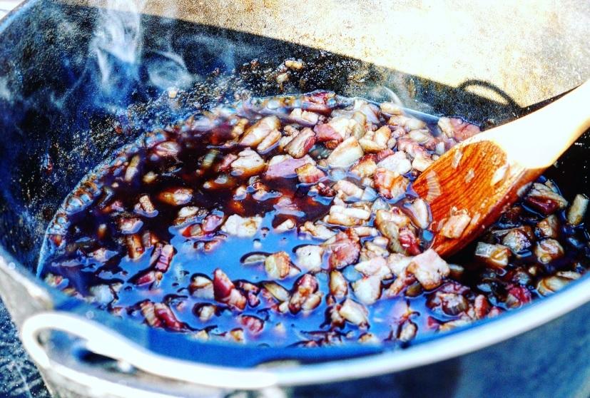 Dutch Oven Bacon Jam