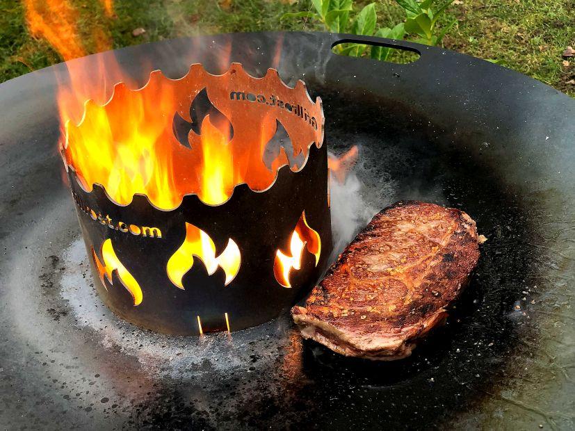 Steak von der Feuerplatte