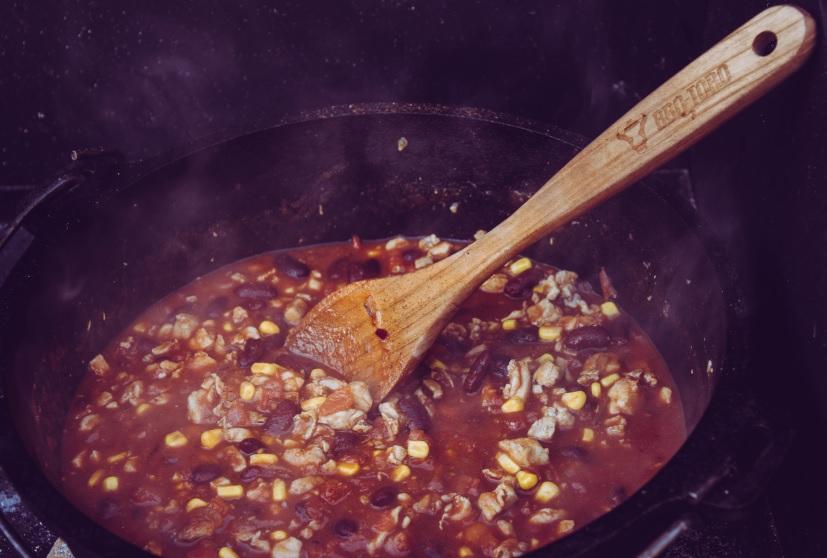 Chili con Pollo im Dutch Oven