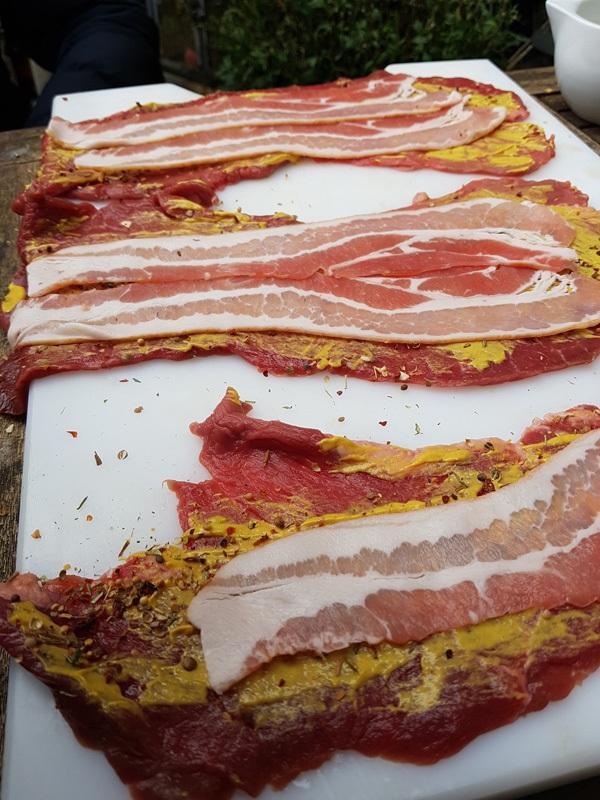 Rouladen mit Bacon und Senf