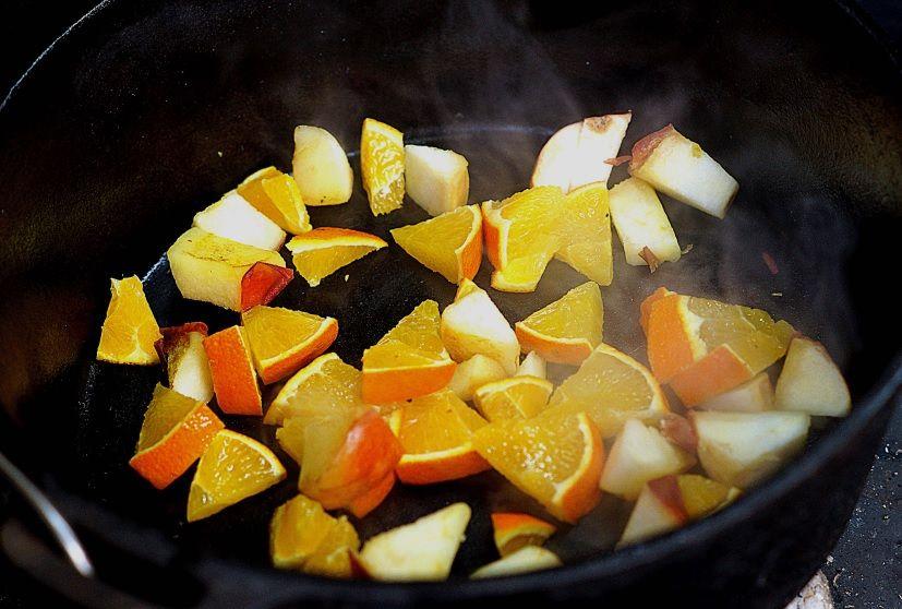 Orangen anbraten im Dutch Oven